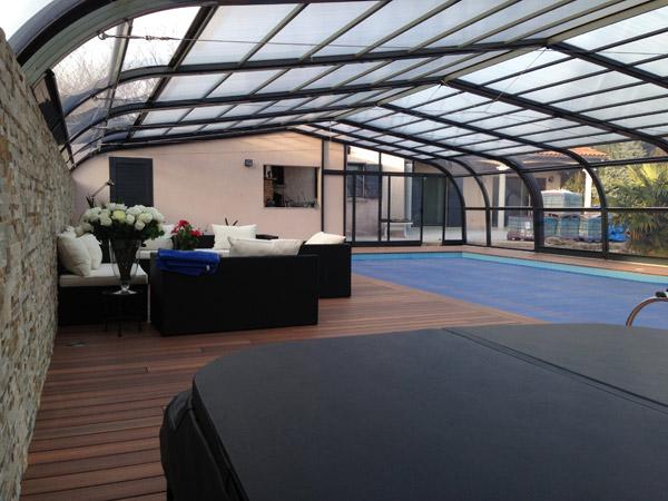 Abri de piscine Ibiza Adossé installé à Chalamont près de Bourg-en-Bresse (01)